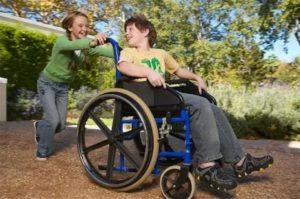 Как ты можешь помочь детям с ограниченными возможностями